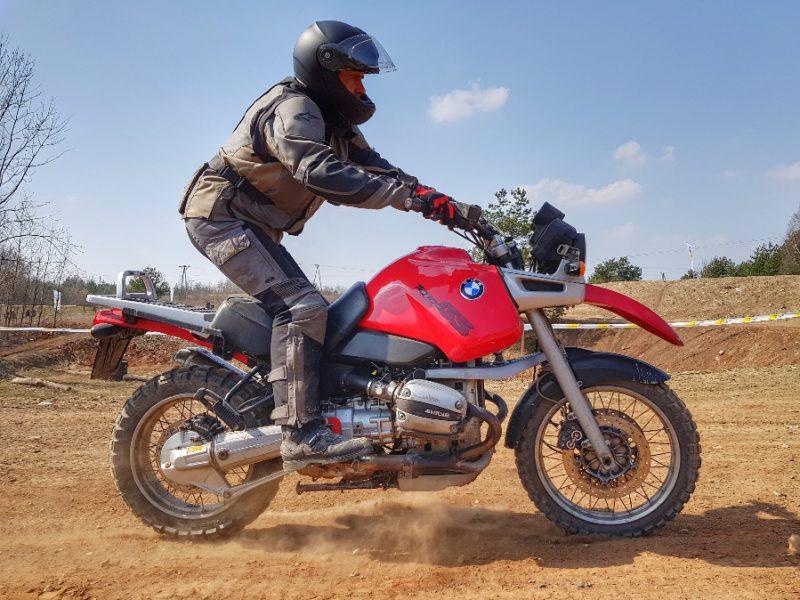 Pawlicho i hamowanie awaryjne motocyklem