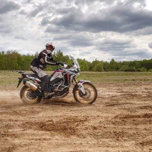 Jednodniowe szkolenie enduro – PIACH i BŁOTO