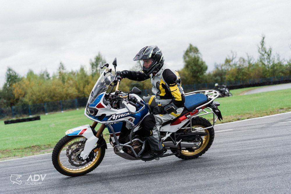 Szkolenia motocyklowe w ADV Academy