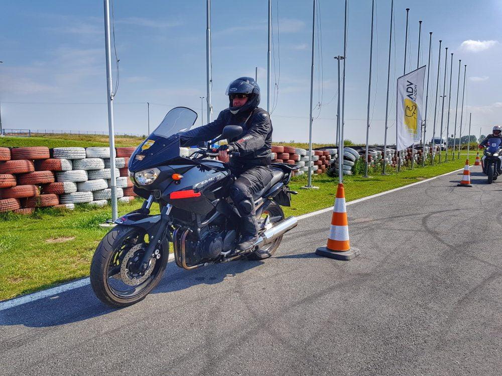 szkolenie motocyklowe na torze w Polsce